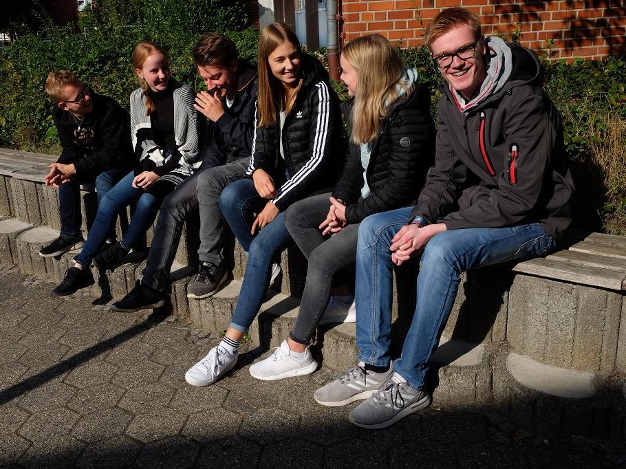 Oberstufenschülerinnen und -schüler der Maximilian-Kolbe-Gesamtschule, Saerbeck