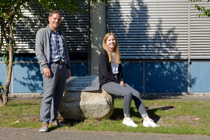 Alexandra Koop und Benjamin Stock, die neuen Schulsozialpädagogen und -arbeiter an der Maximilian-Kolbe-Gesamtschule. Foto: Gemeinde Saerbeck