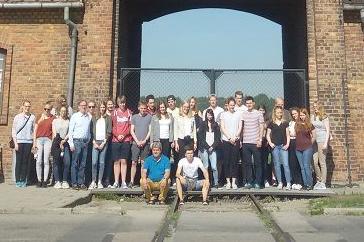 Schülerinnen und Schüler der MKG besuchen die Gedenkstätte Birkenau.